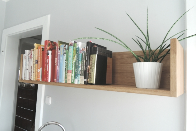shelf 26