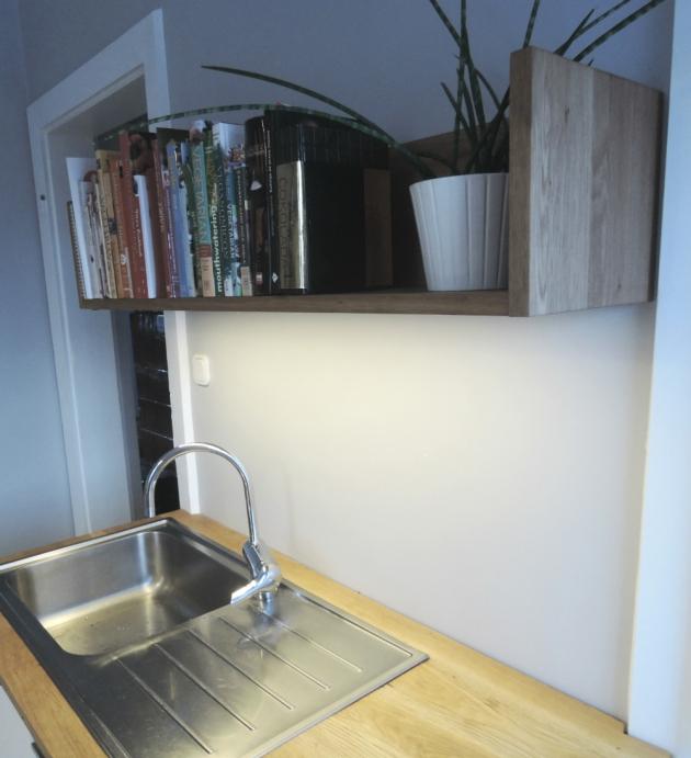 shelf 30